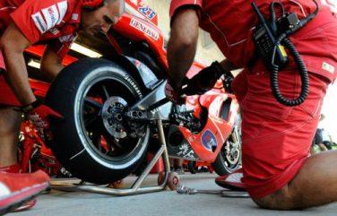 sponsor_ducati_2010_09L_min
