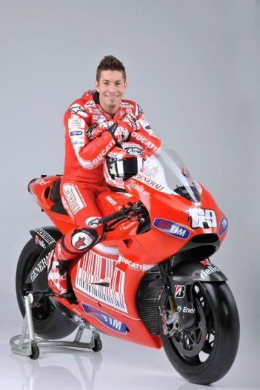 sponsor_ducati_2010_17L_min